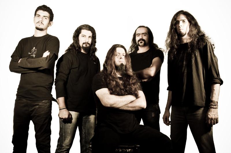 15 años de prisión por tocar Death Metal en Irán.