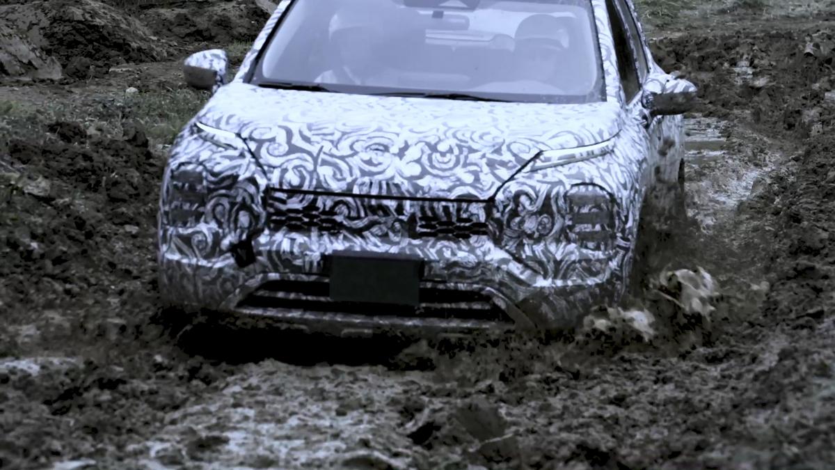 Mitsubishi somete al nuevo Outlander a ajustes y pruebas finales