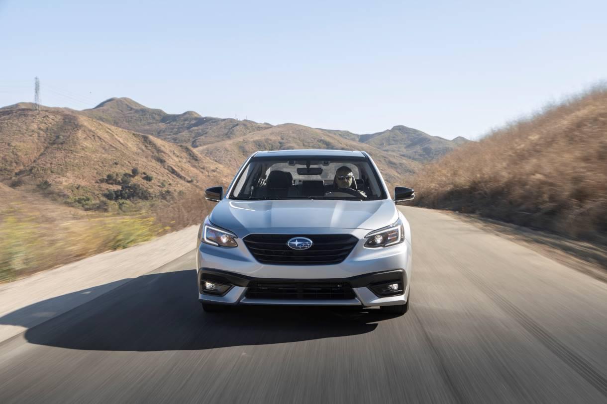 Prueba: Subaru Legacy del 2021,permanece fiel a sus principios
