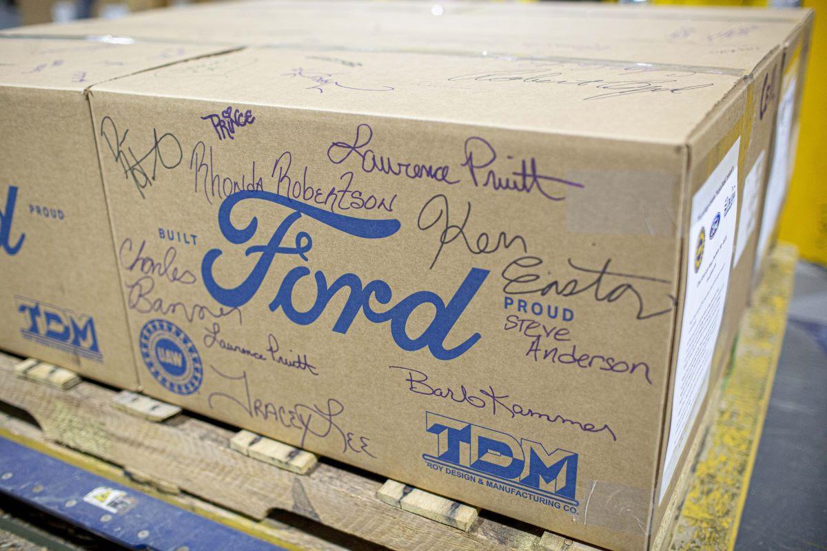 Ford Fund lanza el anuncio de servicio público de la vacuna COVID con organizaciones multiculturales sin fines de lucro