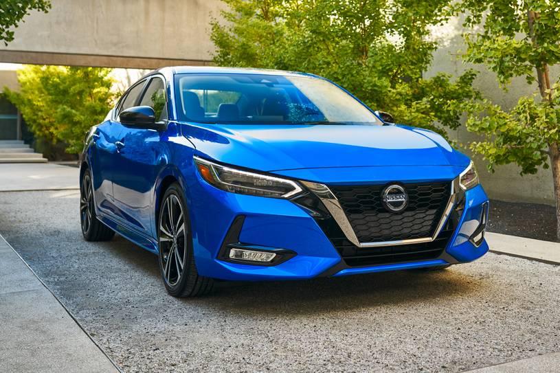 Prueba: Nissan Sentra del 2021, demuestra que las viejas tendencias siguen vigentes