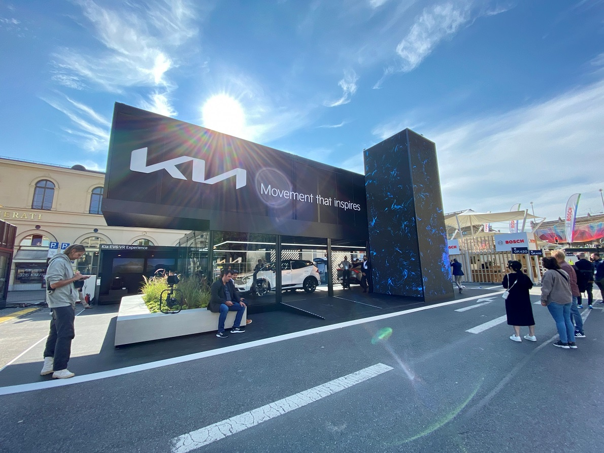 Kia se luce en el IAA Mobility con los debuts de dos vehículos eléctricos de alta tecnología